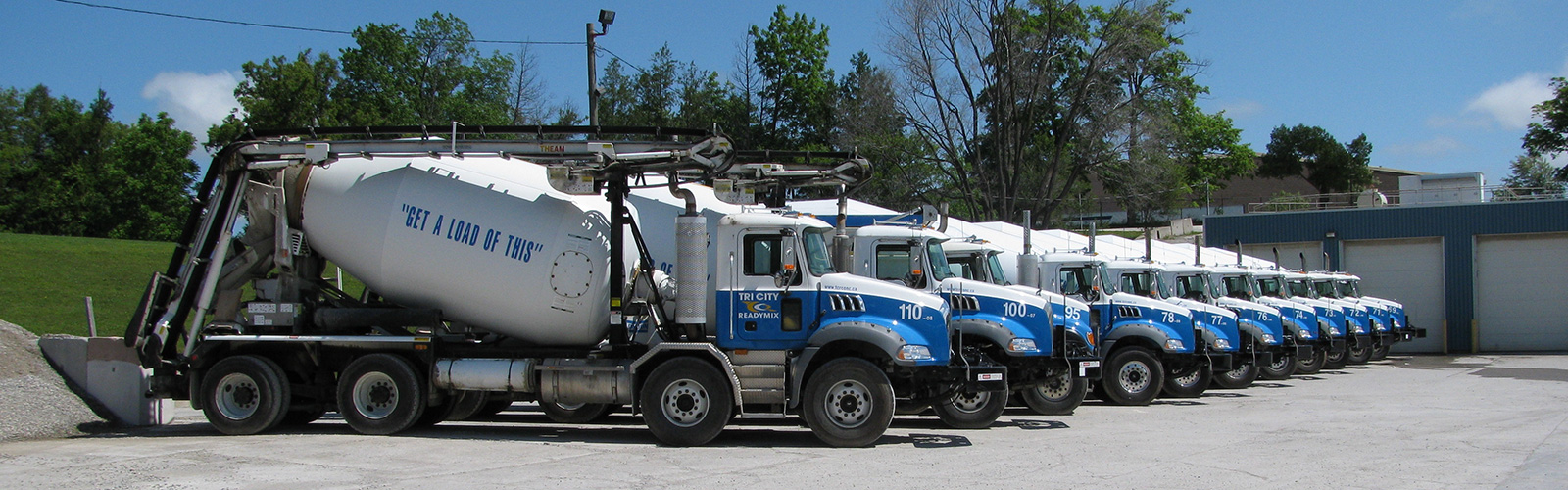 concrete-mixing-trucks